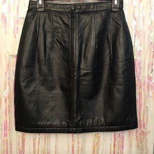 Black leather skirt size 8